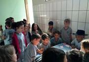 Alunos arrecadam donativos para o Lar São Vicente em Umuarama