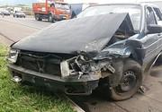Motorista procurado por assaltos foge após causar acidente na Dutra