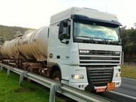Motorista do caminhão foi abordado e feito refém pelos bandidos.