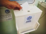 Ao todo, são cinco urnas espalhadas por diversos setores da unidade, onde pacientes podem depositar críticas, elogios e sugestões