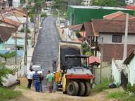 Nessa fase dos trabalhos, o órgão público asfaltou os 140 metros iniciais da via