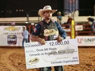 Ribeiro levou para casa um cheque de R$ 12 mil.