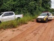 O proprietário do posto foi levado como refém mas foi liberado logo em seguida em uma estrada rural.