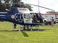 A vítima foi levada de helicóptero até o hospital de plantão em Umuarama.