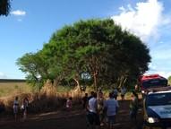 O acidente aconteceu na tarde deste sábado (17), entre Tamboara e Paraíso do Norte; uma mulher de 32 anos morreu no local.