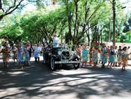 Cinco grupos levam alegria e irreverência ao Carnaval da Saudade.