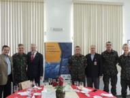 O encontro reuniu cerca de 30 representantes de órgãos de defesa, seguranã, inteligência e fiscalização de Brasília, Curitiba, Cascavel e Foz do Iguaçu