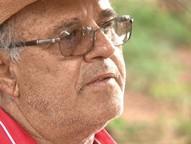 O homem é uma das doze pessoas acusadas de estelionato que são investigadas pelo Ministério Público do Paraná