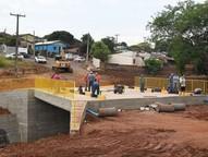 Com a relocação dos postes, a próxima  etapa da obra será iniciada nesta segunda-feira (2)