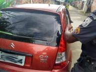 Suspeitos foram encontrados na Rua João Ezequiel Generoso, no bairro Palmeiras, diz Polícia Militar.