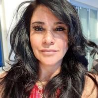Dermatologista Mônica Cohen
