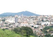 Prefeitura de Machado (MG) anuncia concurso para vários cargos