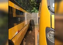 Suspeitos tentam atear fogo em ônibus escolares da Prefeitura