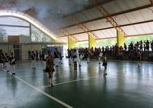Quadra da Escola Daura Dagmar Lobo é inaugurada e faz homenagem à Dona Mariinha