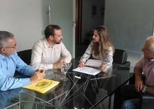 Prefeito e vice-prefeito estiveram em BH com a construtora selecionada do programa Minha Casa, Minha Vida