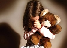 Homem é preso suspeito de estuprar menina de 7 anos em Atibaia.