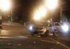 Forte colisão aconteceu na última noite na Avenida Atibaia