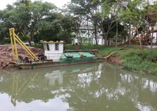 Jardim do Lago recebe serviços de limpeza e desassoreamento