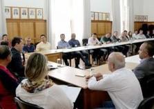 Prefeito convoca reunião emergencial para ações aos atingidos pelas chuvas