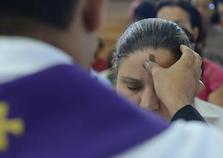 Celebração de Cinzas inicia Tempo de Quaresma em Brusque
