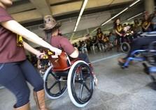 Pessoa com deficiência pode pedir gratuidade em viagens pela internet