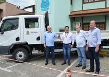 Secretaria de Trânsito adquire veículo para sinalização viária