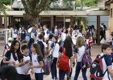 Rede estadual do Paraná volta as aulas nesta segunda-feira
