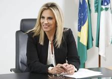 Cida Borghetti assume governo do Paraná
