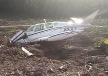 Aeronave agrícola cai em Telêmaco Borba e deixa dois feridos