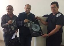 Prefeitura de Cruzeiro do Oeste e MMA Brazuca discutem mais vagas de emprego