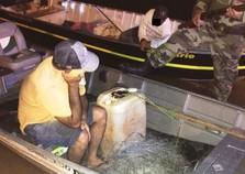 Dois homens são presos com arma e redes de pesca no Rio Paraná