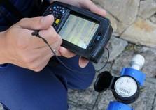 Clientes podem usar o celular para acessar sua conta de água
