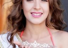 Nataly Inae de Ivaté vai disputar o Miss Pré Teen Universo neste domingo