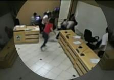 Vereador de São Carlos do Ivaí tem perna quebrada durante briga em sessão