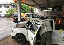 Polícia realiza perícia em carro que atropelou mulher na BR-277