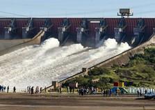 Energia de Itaipu terá tarifa reduzida em 2,98%