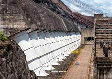 Itaipu deve fechar o ano com a quarta melhor produção
