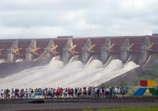 Oeste do Paraná tem sete empresas bilionárias; saiba quais