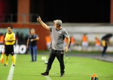 Odair Hellmann celebra 'maturidade' do Inter