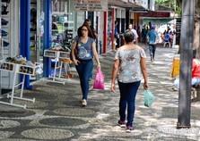 Neste sábado comércio fica aberto até às 17h para Umuarama Liquida