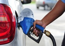 Pesquisa do Procon aponta variação de 12% no preço do etanol