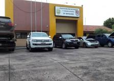 Polícia apreende carros e cigarros em Maria Helena
