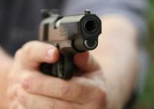 Roubo à residência acaba com bandido morto por PM em Atibaia