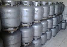 Preço do gás de cozinha varia em torno de 15% em revendas de Paranavaí