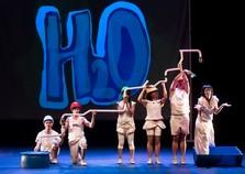 Espetáculo Splash ocorre neste sábado na Vila Operária