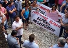 Moradores de Graciosa fazem manifestação pedindo segurança para o distrito