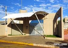Adolescente fica ferida após briga entre alunas em escola de Perobal