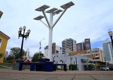 'Árvores solares' com wi-fi gratuito serão instaladas em Umuarama