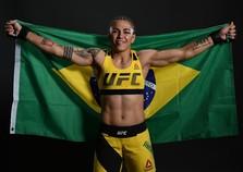 Jéssica 'Bate-Estaca' enfrenta Tecia Torres neste sábado pelo UFC