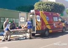 Mototaxista fica ferido em acidente de trânsito no centro de Umuarama
